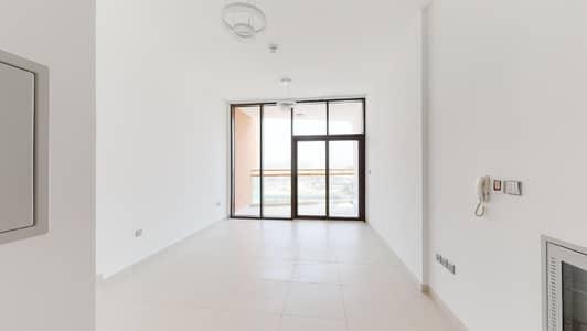 Studio for Rent in Dubai Silicon Oasis, Dubai - Pool Access | Visit Online | Community Views