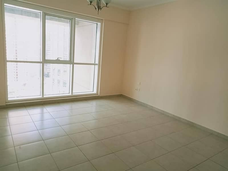 OUTSTANDING || LAKE VIEW || 2 BEDROOMS + BALCONY || READY TO MOVE