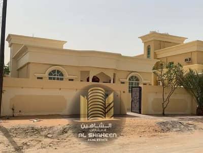 4 Bedroom Villa for Sale in Al Rawda, Ajman - Villa for sale in Ajman, one floor, area of 5500 feet, completely renovated