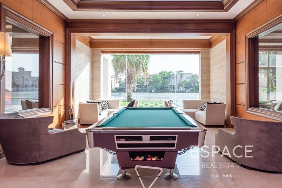 2 Luxury 6 Bed Villa Lake and Skyline Views