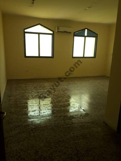 Excellent Quality Big size studio for rent in Najda street just in 32000 AED per year