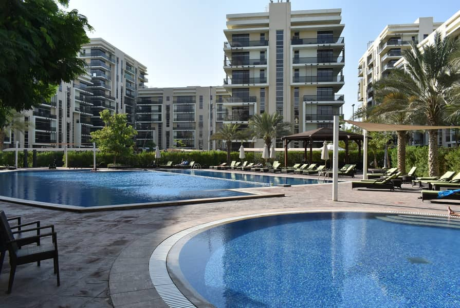 2 Bed 3 bath with all facilities pool+gym+saloon+inside market