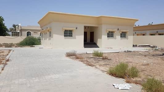 *** GREAT DEAL – Grand 3BHK Single storey Villa with huge garden in Gharayen 2, Sharjah