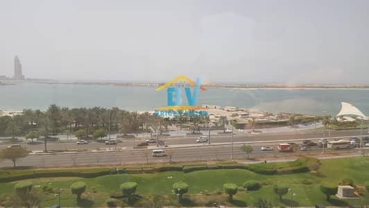 3 Bedroom Flat for Rent in Corniche Road, Abu Dhabi - Elegant 3 BD+Maids Room with Sea view apartment in Corniche area