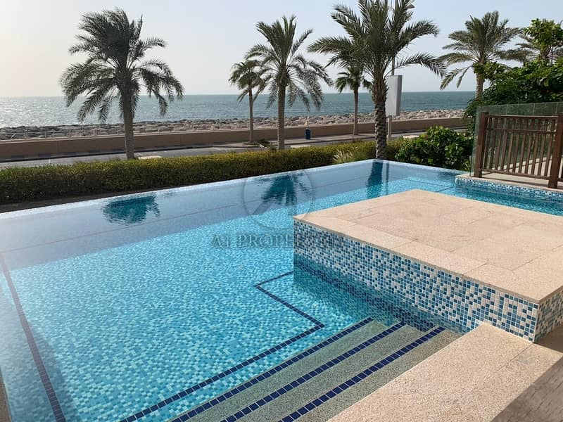 4 Bedrooms Villa in Balqis Residences Full Sea View