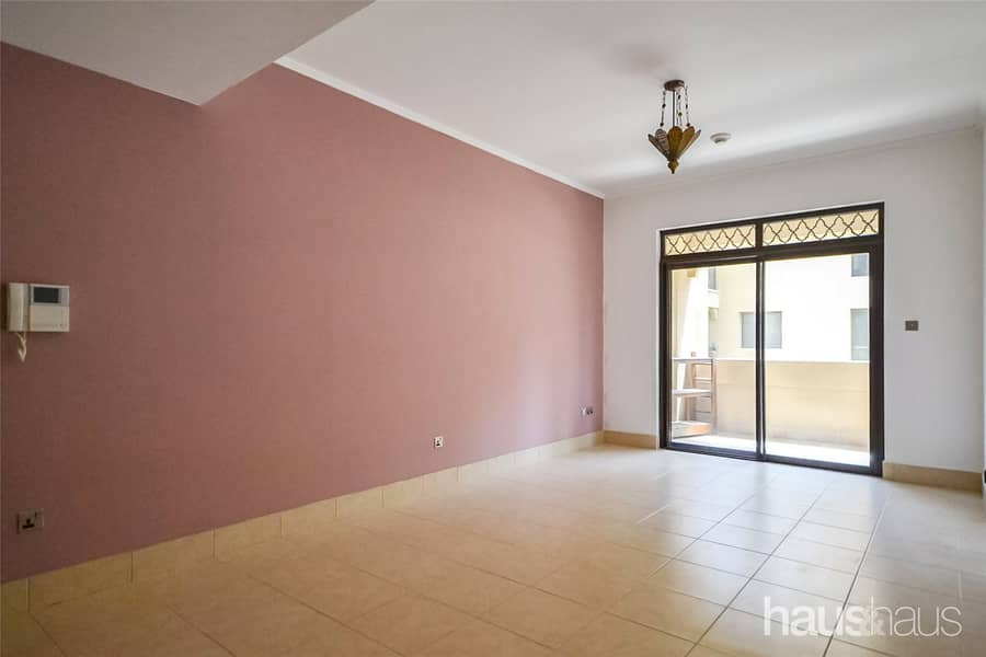 2 No construction | Communal view | Available