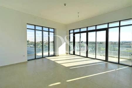 شقة 2 غرفة نوم للبيع في التلال، دبي - Corner 2 BR L Shape Terrace Emirates Living View