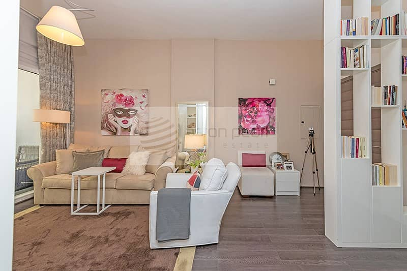 2 Upgraded Fully Furnished 1 BR   Ready to Move-In
