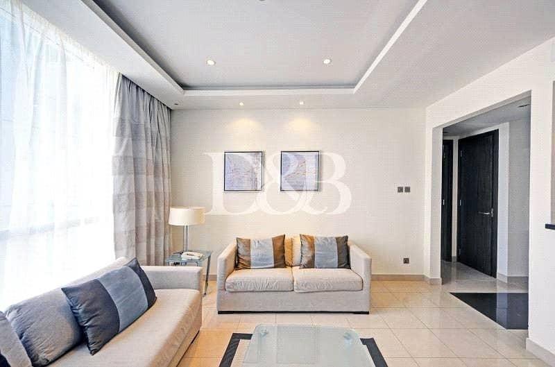 2 Large Layout   Lake View   Luxury Furniture