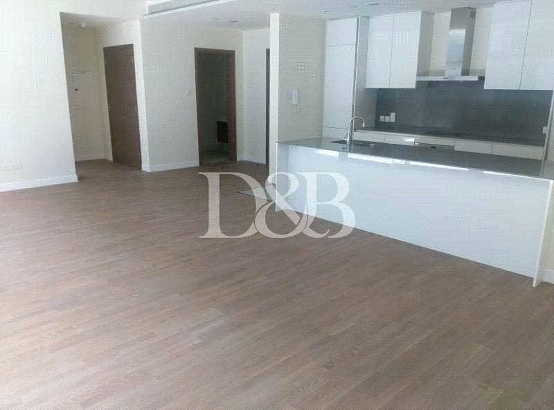 Huge Layout | High Quality | Bldg 16 | Light Wood
