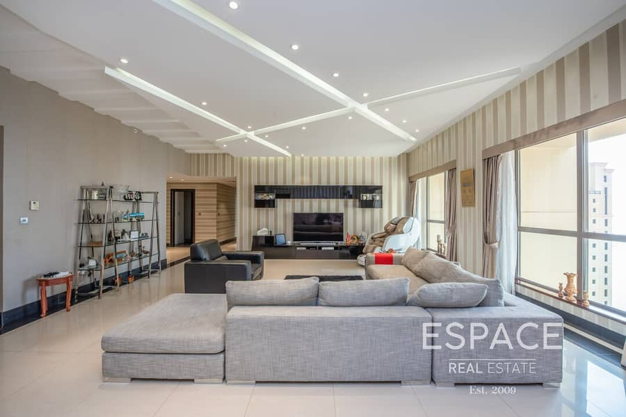 2 Upgraded Sea View |  Large 4 Bed Plus Maids