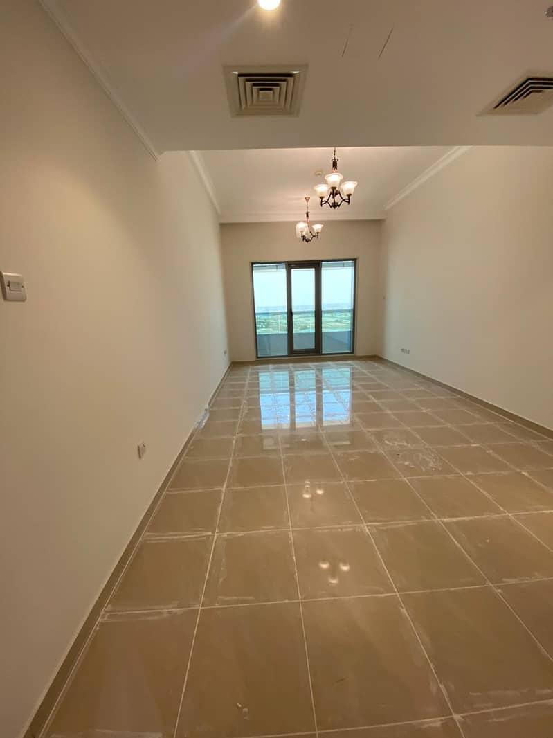 شقة في برج كونكورير شارع الشيخ مكتوم بن راشد 2 غرف 763831 درهم - 4753812