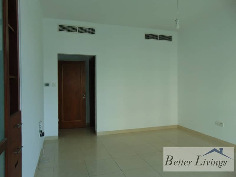 Well maintained |exceptional price|spacious 1bhk