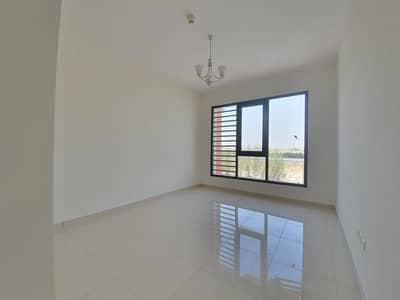 شقة 2 غرفة نوم للايجار في تجارية مويلح، الشارقة - شقة في تجارية مويلح 2 غرف 44999 درهم - 4754188