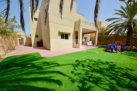 4 Bedroom Villa for Rent in The Meadows, Dubai - Well Maintained 4 BR+M | Maintenance Contract