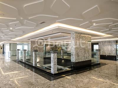 Floor for Rent in King Faisal Street, Umm Al Quwain - NO Commission !!!!!! Super commercial Building for Rent in Umm Al Quwain