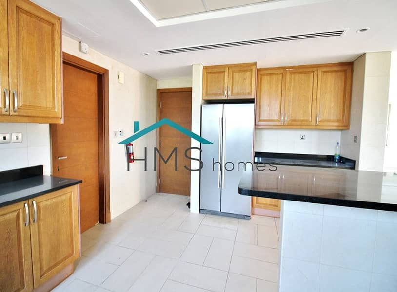 2 Closed Kitchen | 4 Bed Regional Large | District 3