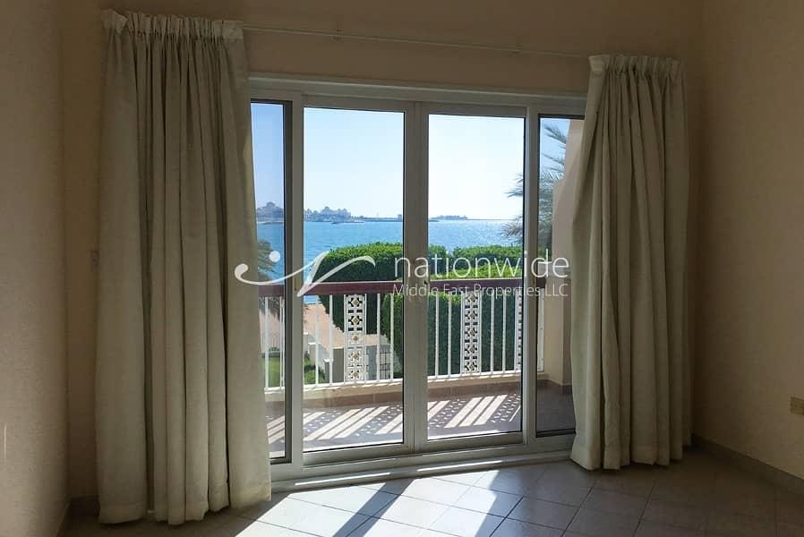 2 Captivating Sea Facing 5 BR Villa In Royal Marina Villas