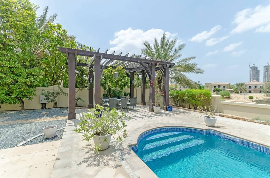 EXCLUSIVE |5 Bed C2 | with Pool on Golf Course
