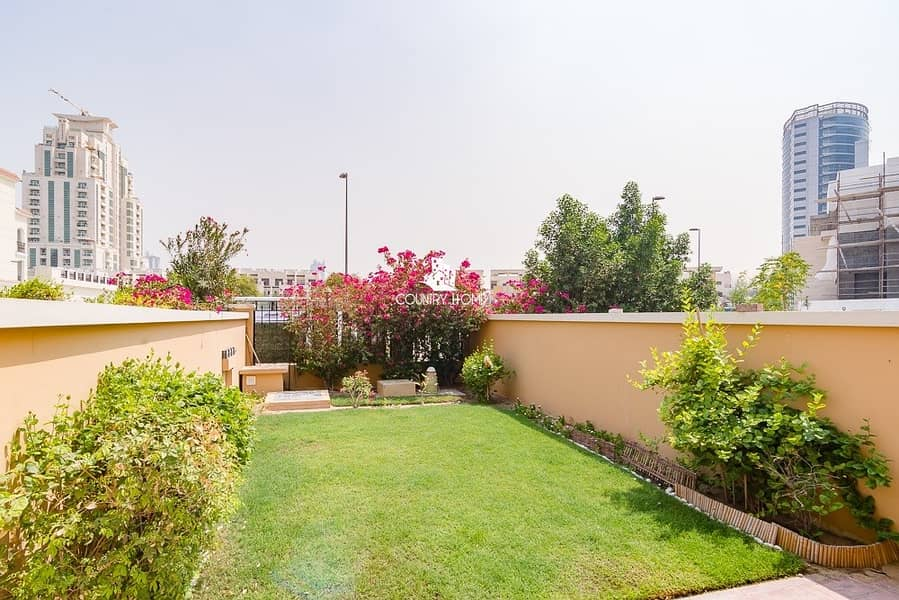10 1 bed TH |lovely garden | available in September 20th