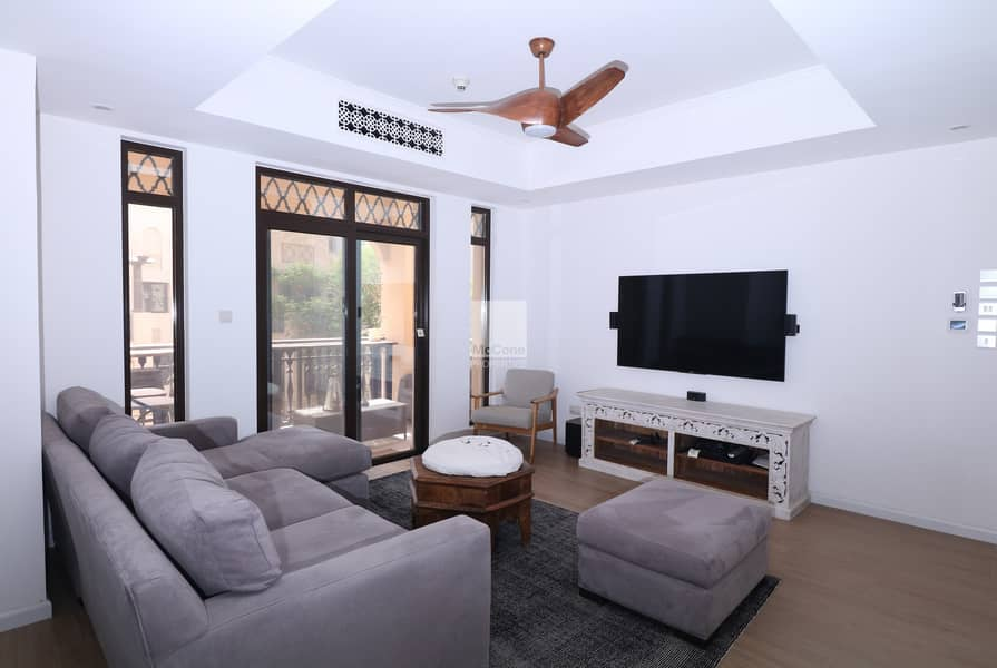 Stunning Apartment   Fully Upgraded & Furnished