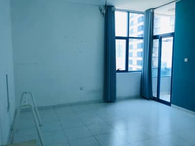 1 BEDROOM HALL FALCON TOWER FOR RENT 18000/- 4 or 6 Cheques