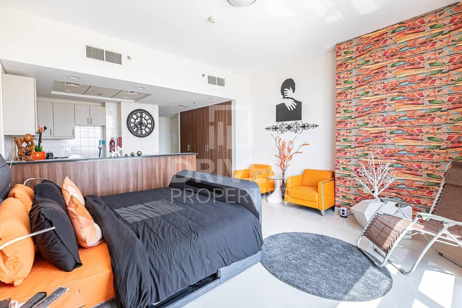 Amazing and Fully Furnished Studio Apartment