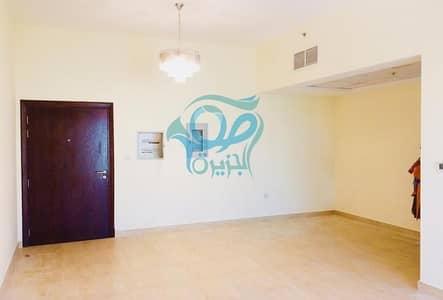 شقة 2 غرفة نوم للبيع في الفرجان، دبي - Attractive Investment   Prestigious 2 Bedroom Apartment
