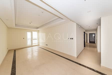 3 Bedroom Apartment for Rent in Downtown Dubai, Dubai - 3 Bedroom Apartment   Maids room   Spacious