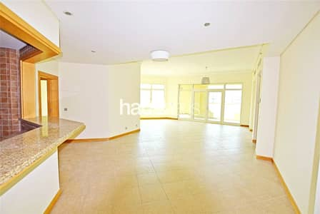 3 Bedroom Flat for Rent in Palm Jumeirah, Dubai - C Type | Beach Access Included | High Floor