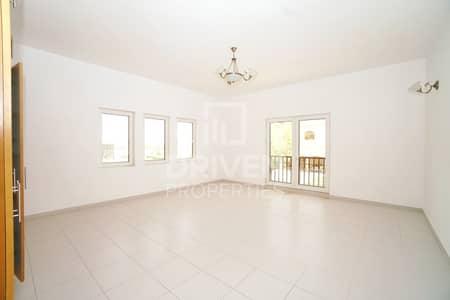 5 Bedroom Villa for Rent in The Villa, Dubai - Huge Plot and Single Row 5 Bed Villa