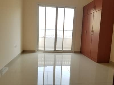 3 Bedroom Apartment for Rent in Muwaileh, Sharjah - spacious 3bhk apartment one month free wardrobe +parking +3washroom New muwaileh