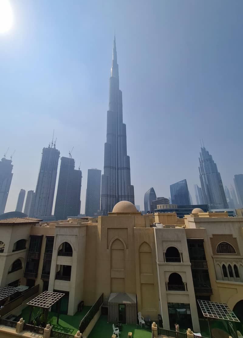 Amazing stay at Dubai Downtown - Souk Al Bahar