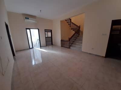 شقة 3 غرف نوم للايجار في المرور، أبوظبي - عرض رائع طابق كامل فيلا للايجار شامل الخدمات