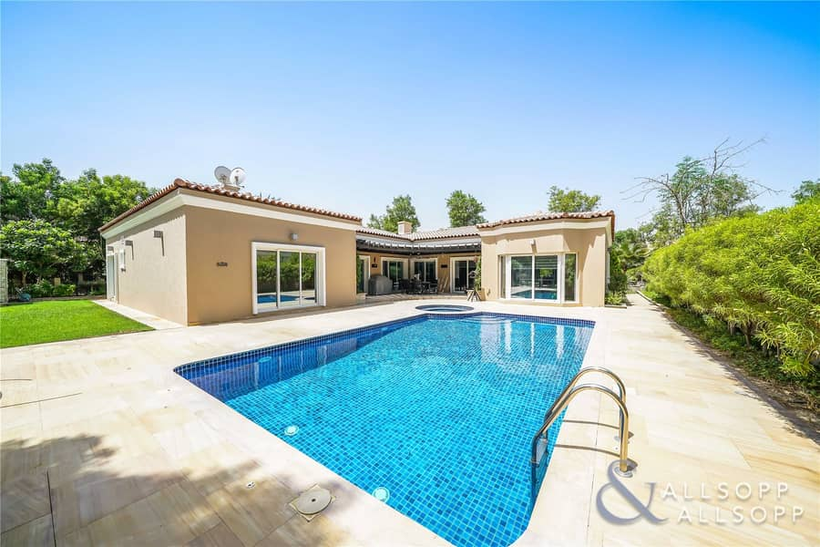 Exclusive | 4 Beds | Upgraded Throughout