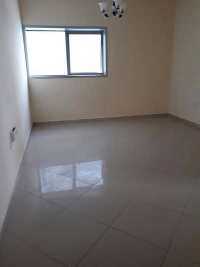 1Month Free Specious 1 Bedroom Hall Near Bus Stop
