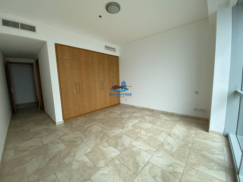 10 AED 125K | Chiller