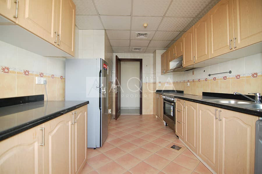 2 Fitted Kitchen | Large Size | 1 Bedroom