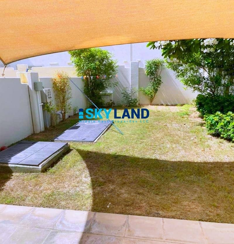 Shaded Garden ! Close to Shop and Community Center 100k Only