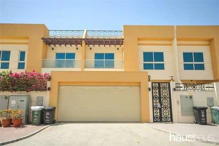 4 Bedroom Villa for Rent in Umm Al Sheif, Dubai - Immaculate | Two Story Villa | Al Fattan