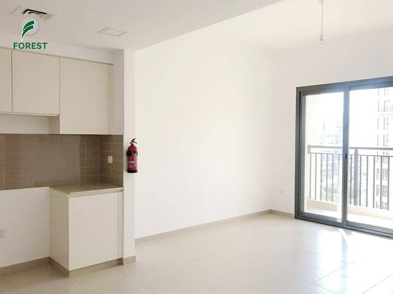 Spacious 1BR Apt   Vacant   Well Maintained
