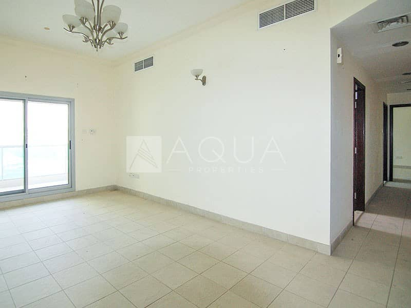 2 VACANT | Large Size | 3 Toilets | High Floor