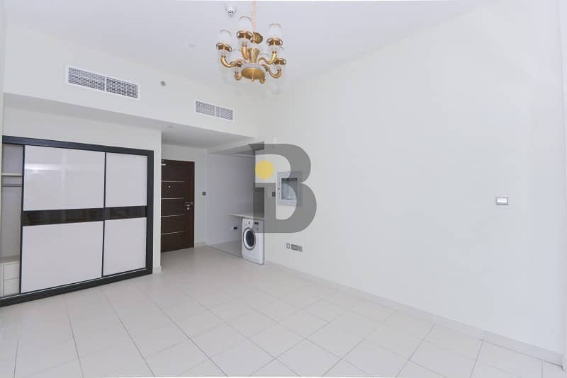 Compact Studio with Contemporary Kitchen in Studio City