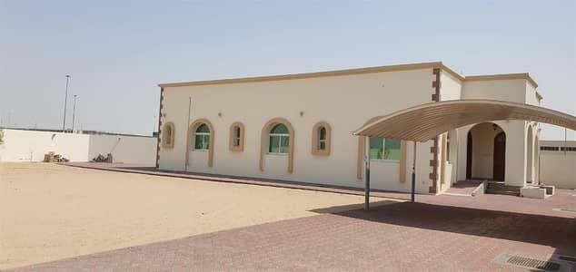 فیلا 3 غرف نوم للايجار في الورقاء، دبي - Luxury Independent 3 Bed Villa Majlish Maid Garden