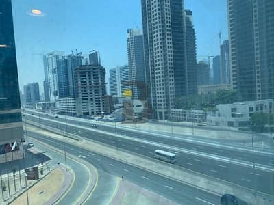 Office for Rent in Business Bay, Dubai - Hot Deal On Business Bay With Chiller Free