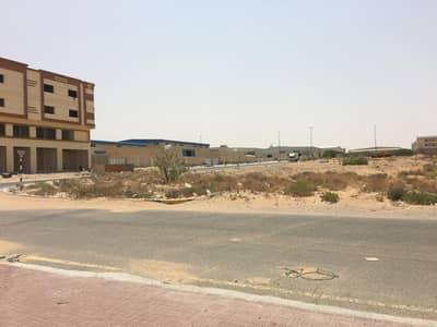 ارض صناعية  للبيع في منطقة الإمارات الصناعية الحديثة، أم القيوين - 29,000 قدم - أرض زواية للبيع