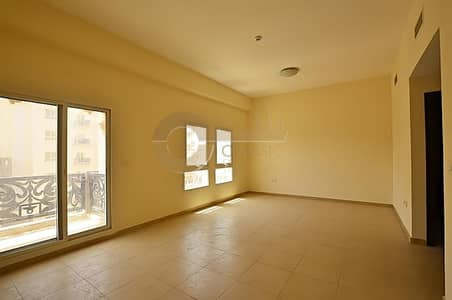 1 Bedroom Apartment for Sale in Remraam, Dubai - Great location | Near to pool | Near to community center