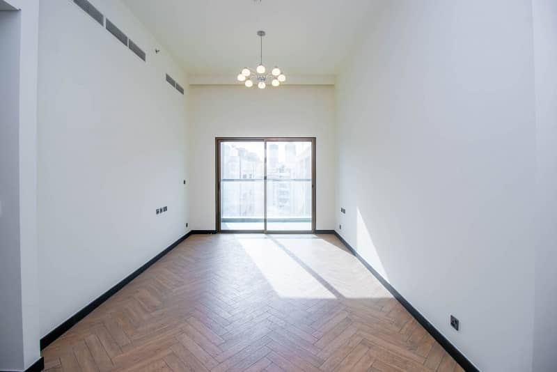 2 1Br / Quality Apt /No Commission / Graced to Live