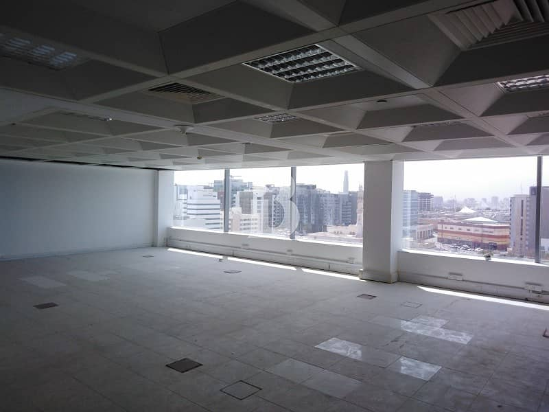 13 All inclusive fitted office near Marriott hotel apartment