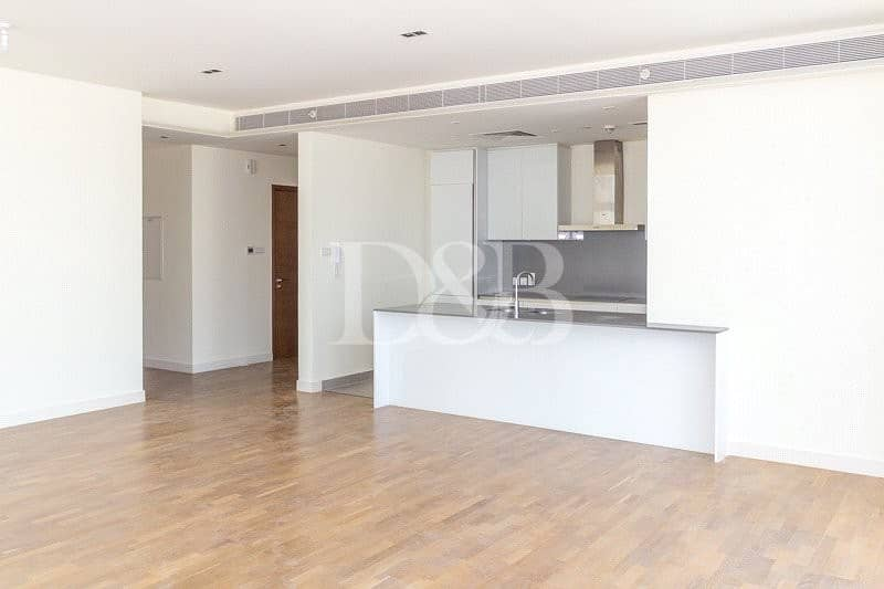 Corner Unit | Large Lay Out | Open View